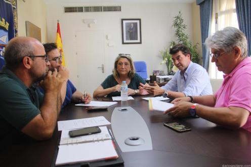 ALCALDESA Y HOTELEROS JUNTO EDILES DE TURISMO Y MEDIO AMBIENTE 18