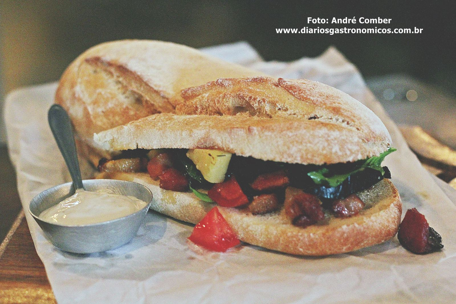Cateto bar, sanduiche de bochecha de porco