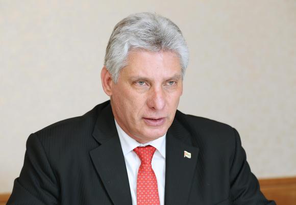Díaz-Canel condena intento golpista en Venezuela