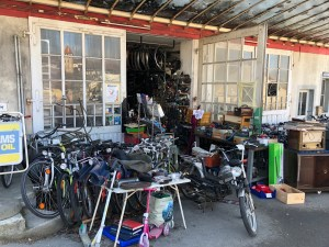 Part 2 of The ultimate 'Aladdin's cave' of bicycle shops is in Switzerland!