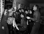 Betty Hutton sings with the troops