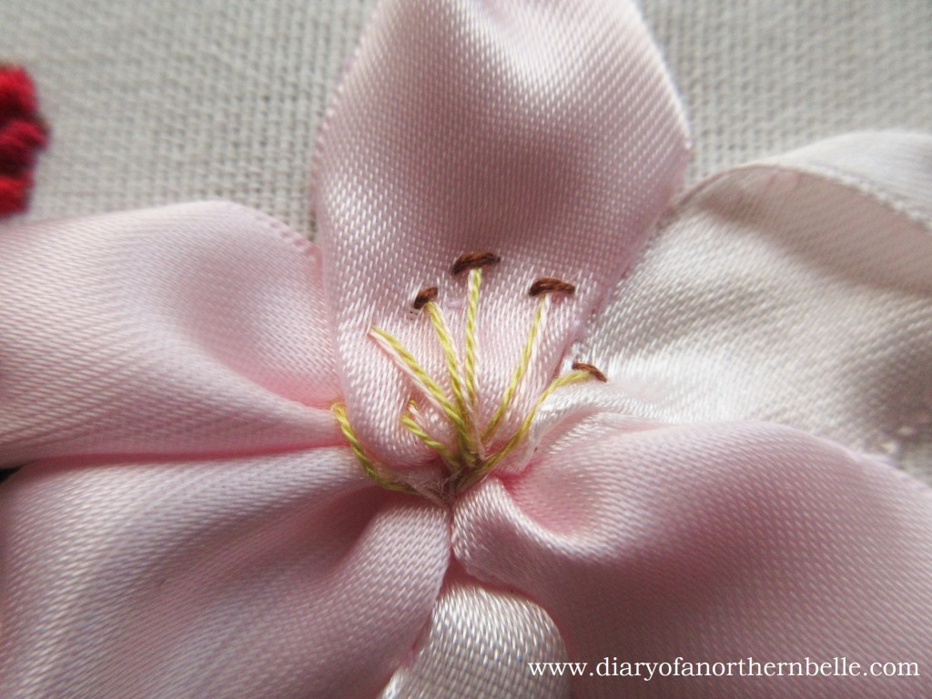 lily center with embroidery floss and straight stitches
