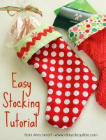 Easy Christmas stocking Tutorial featured by top US quilting blog, Diary of a Quilter