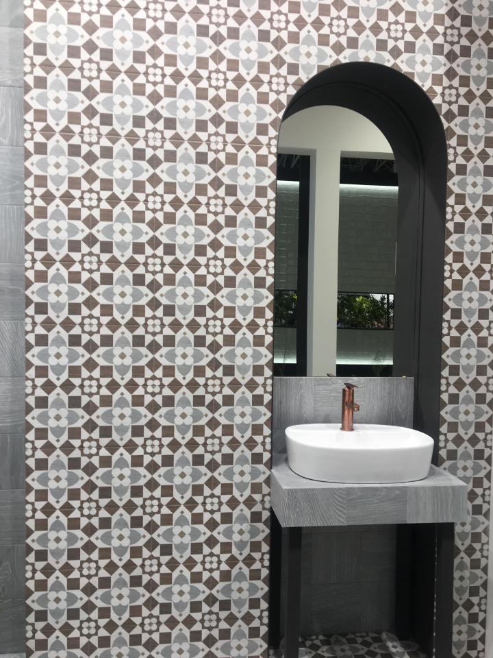 Patchwood Vasari from Mainzu wood look tile 2020
