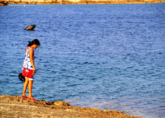 Beach hopping in Vis