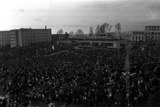 Protestat pro-demokracisë në Qytetin Studenti. Foto Gani Xhengo