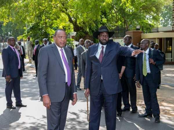 President Uhuru Kenyatta with his South Sudan counterpart Salva Kiir at State House, Juba. /PSCU