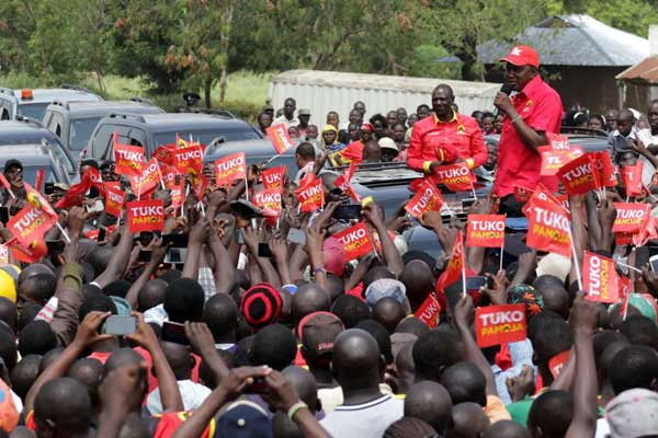 President Uhuru Kenyatta and his Deputy William
