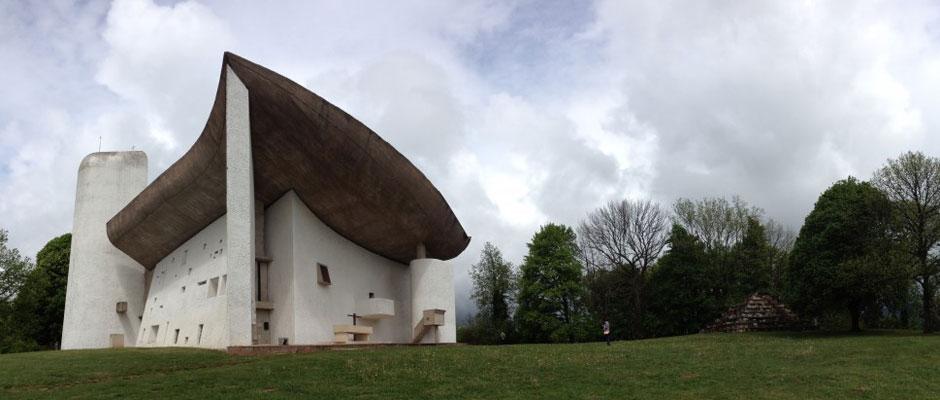Le-Corbusier-Ronchamp