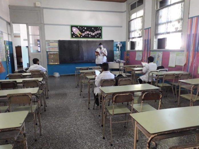 Educación envió a las escuelas el protocolo para los actos de egresados