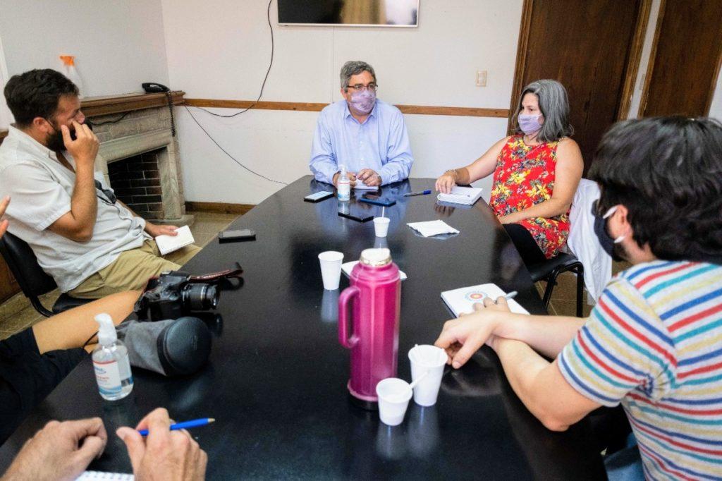 El ministro Rodríguez se reunió con representantes de las diversas áreas de la industria pesquera. (Prensa MDA)