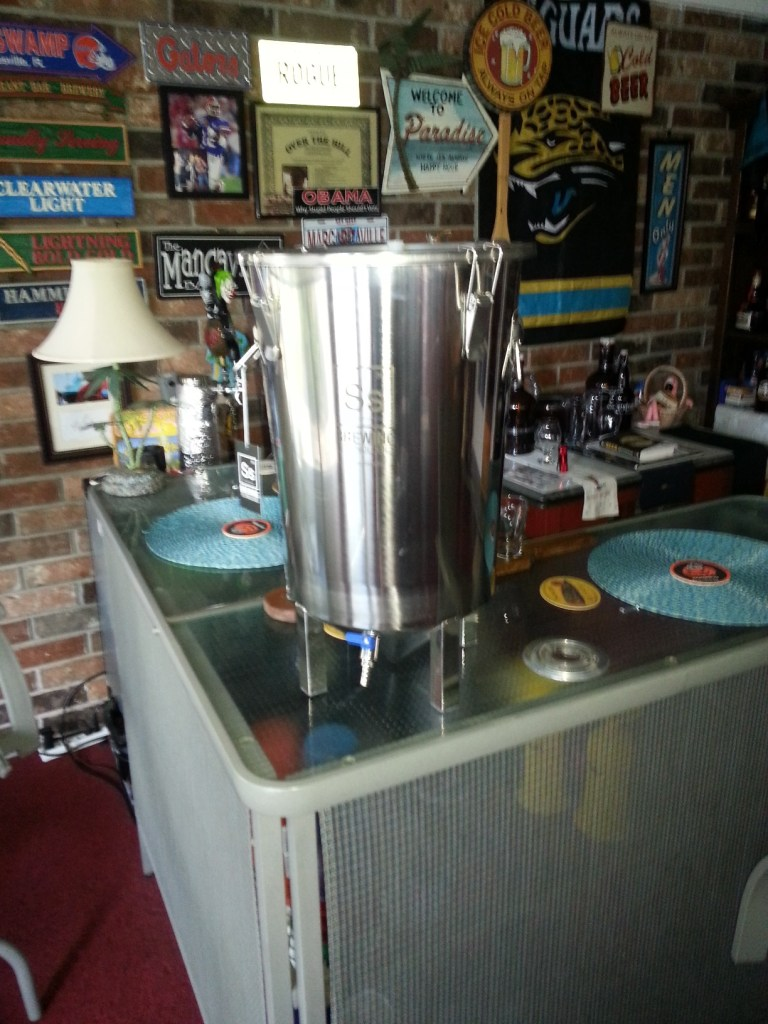 7 Gallon Stainless Steel Brew Bucket
