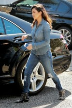 Kourtney-Kardashian-Music-Class-with-Penelope-in-all-Denim-23
