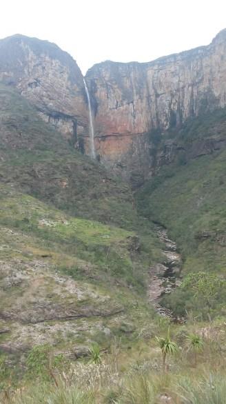 Cachoeira vista da Trilha