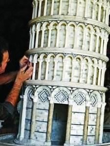 http://dicasdomundo.com.br/attachments/389-torre-pendente-in-alabastro.jpg