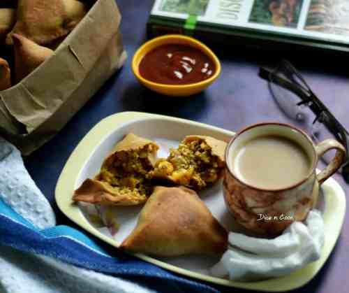 baked-dhansak-flavored-samosa-slice