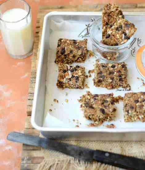 nutmeg flavored-granola-squares