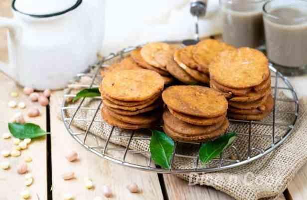 Nippattu, Karnataka style rice crackers