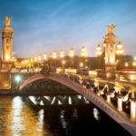 Nhân ngày Valentine, hãng hàng không Pháp giảm giá vé máy bay đi Paris còn 14 triệu đồng