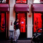 Những bí ẩn sau khu đèn đỏ Amsterdam