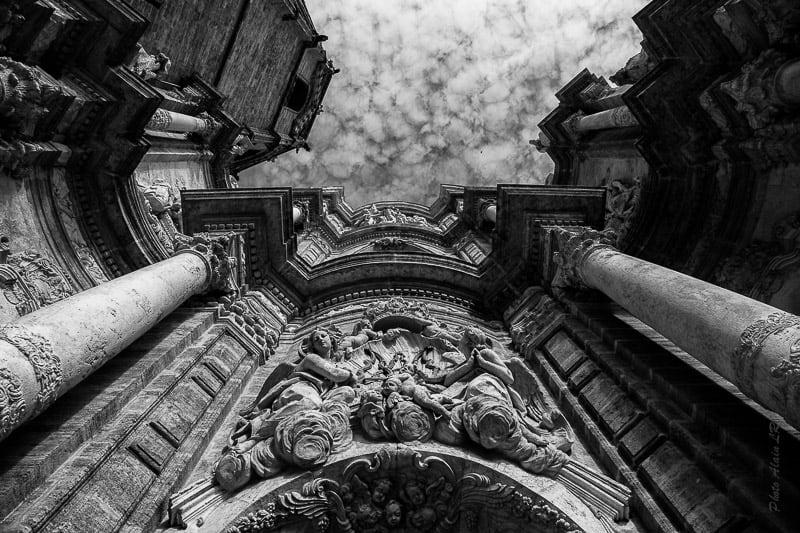 Façade de la Cathédrale de Valencia (Espagne)