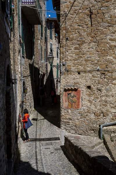 ruelle d'Apricale