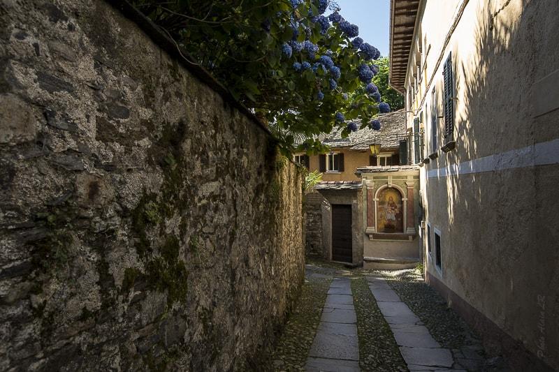 l'unique chemin de Isola San Giulio