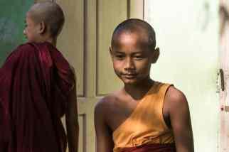 Expo femmes & enfants birmans-12