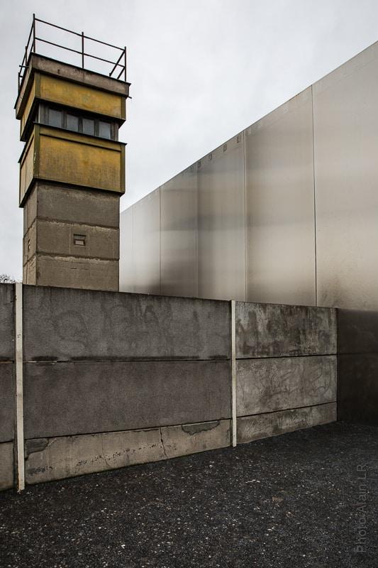 Mémorial mur 8