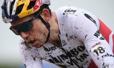 Coupe du monde de cyclo-cross - Wout Van Aert l'emporte à Overijse et enlève le général
