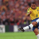 3 juin 1997 - Le coup franc imparable de Roberto Carlos