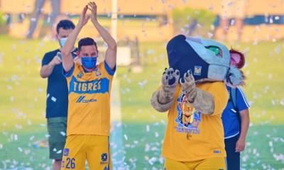 [Vidéo] Florian Thauvin n'arrive pas à jongler lors de sa présentation par les Tigres
