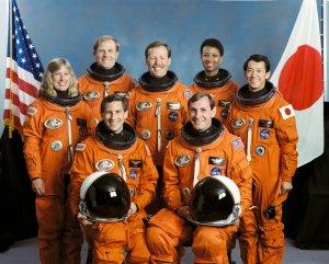 Mark Lee et Jan Davis parés pour la mise sur orbite ?