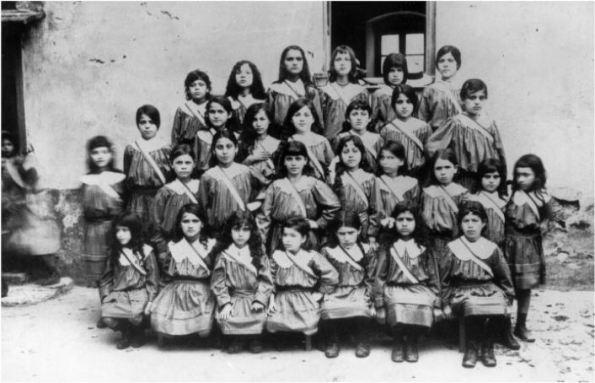 Enfants réfugiés juifs à Ajaccio en 1916