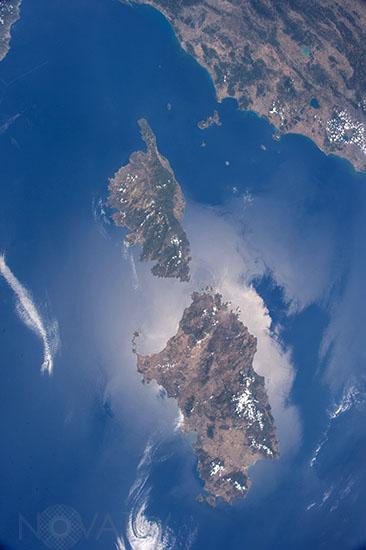 La Corse et la Sardaigne vues depuis l'espace - Corsica and Sard