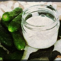 Calming Face Mask Cucumber And Milk DIY