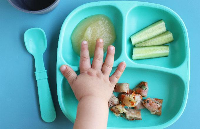toddler-wont-eat-dinner.jpg