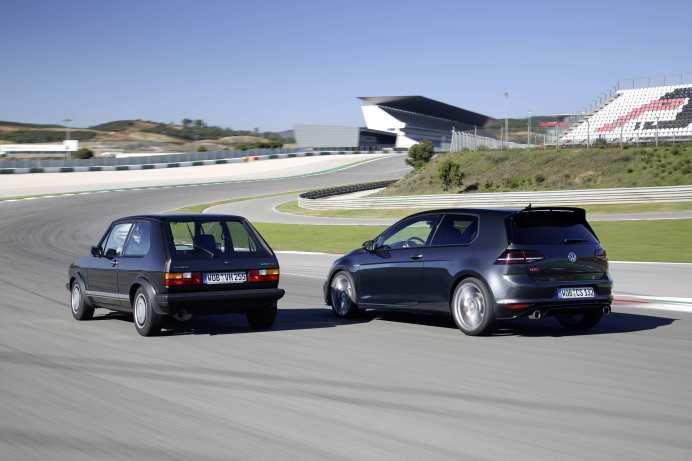 Zwischen dem Golf GTI Clubsport und dem Golf GTI Pirelli liegen fast 33 Jahre Fahrzeugentwicklung