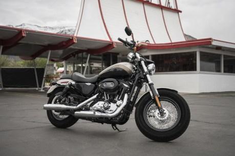 Eine umfangreiche Modellpflege hat Harley auch der Sportster 1200 Custom angedeihen lassen. © Harley-Davidson