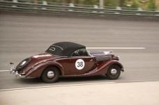 Für seine gerade einmal 55 PS ist der Super 6 flott unterwegs. © Opel