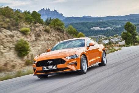 Der Ford Mustang wurde fürs neue Modelljahr optisch einen Tick geschärft. © Ford