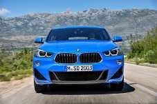 Die berühmte Doppelniere wird beim X2 nach unten hin breiter. Eine solche Optik gibt es zum ersten Mal überhaupt bei einem modernen BMW, so die Münchner. © BMW