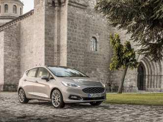 Ford_Fiesta_Vignale_Milano_Grigio_125