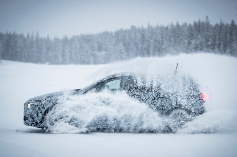 Schneepflug: Das Testprogramm soll für die neue A-Klasse alle nur erdenklichen Fehler der Prototypen aufzeigen. © Daimler