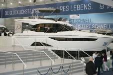 """Bavaria Yachtbau zeigt eine Weltpremiere mit dem größten """"C65"""" genannten Segler, den das Unternehmen je entwickelt hat. © Bernhard Schoke / mid"""