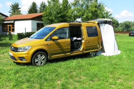 Als Maxi-Version mit längerem Radstand und mehr Platz, dem Allradantrieb 4Motion und einem kräftigen 122-PS-Diesel kostet der VW Caddy etwa 33 000 Euro. Foto: Auto-Medienportal.Net/Michael Kirchberger