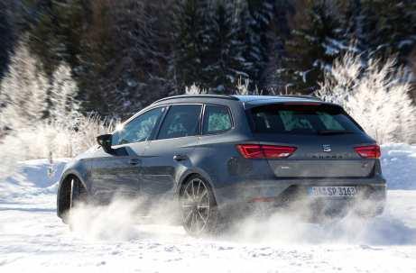 Seat Leon Cupra 300 4Drive: Quer macht's am meisten Spaß. Foto: Seat