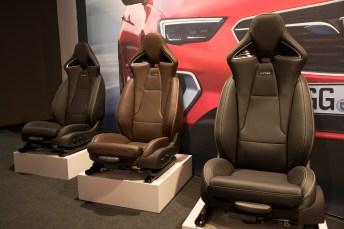Die AGR-Sitze im Kobra-Design. Foto: Thorsten Weigl.