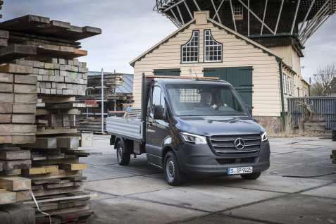 Der Mercedes-Benz Sprinter. als Pritschenwagen. Foto: Auto-Medienportal.Net/Daimler