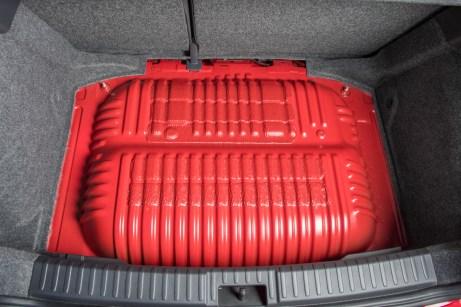 Absolut sicher: Erdgastank im Seat Ibiza. Foto: Seat